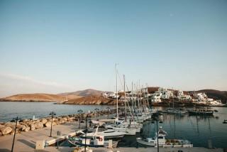 about kythnos porto klaras boats in Loutra port