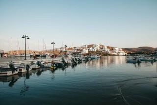 about kythnos porto klaras port in Loutra