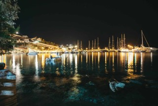 about kythnos porto klaras Loutra village by night