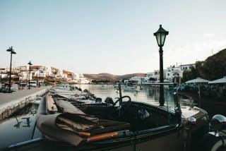about kythnos porto klaras small port in Loutra village