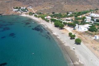 beaches porto klaras apokrousi famous beach in Kythnos