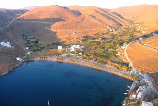 beaches porto klaras apokrousi on Kythnos island