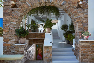 facilities porto klaras luxurious grounds next to the garden