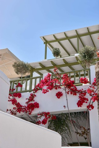 gallery porto klaras beautiful complex of Cycladic apartments and suites in Kythnos