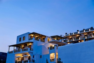 gallery porto klaras complex in Kythnos by night