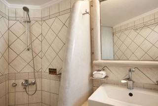 superior studios porto klaras big private bathroom with shower