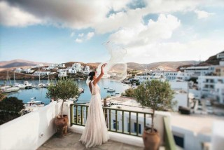 weddings porto klaras bride in sea view balcony
