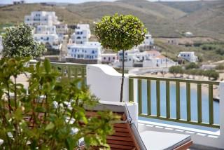 VIP studios porto klaras sea view balcony with wooden sunbeds