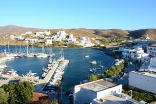 about loutra porto klaras studios with panoramic view of Loutra port in Kythnos