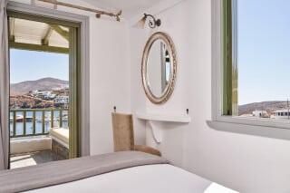 2 junior kithnos hotels porto-klaras-