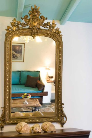 family suites porto klaras luxurious mirror in the bedroom